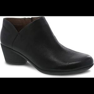 Dansko Raina Burnished Nubuck Black 37